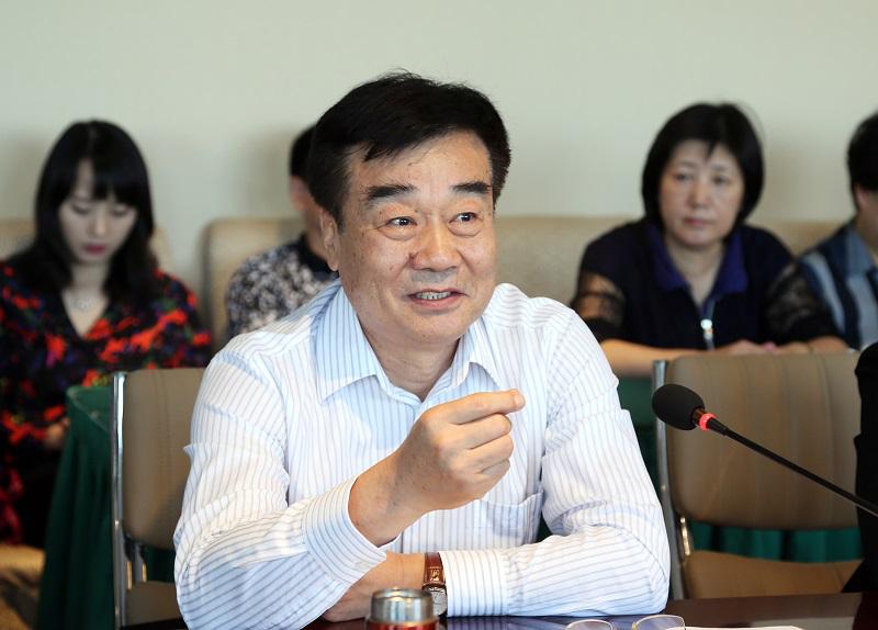刘承萱出席中国文化报社读者座谈会