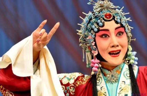 京剧名家董圆圆:要唱好戏,先做好人