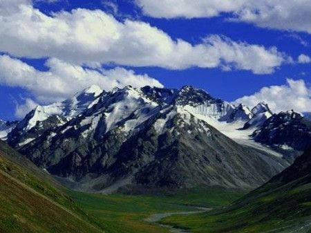 帕米尔高原,亚洲大陆屋脊上的绝美风光