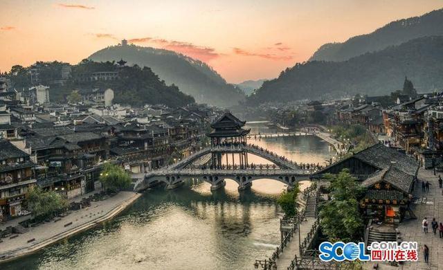 影像2017:百图看中国