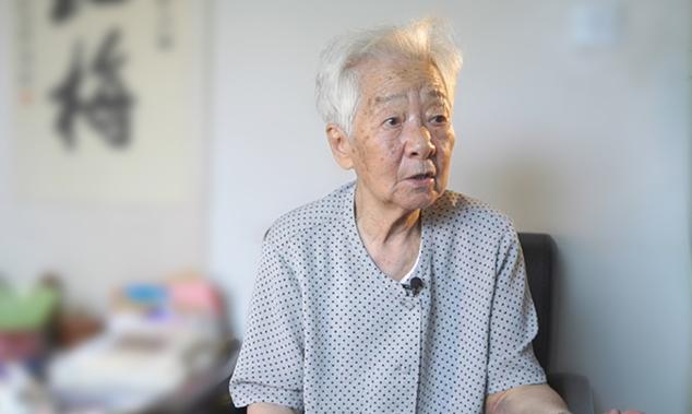 专访98岁电影表演艺术家于蓝:红心塑造英雄 真情培育儿童