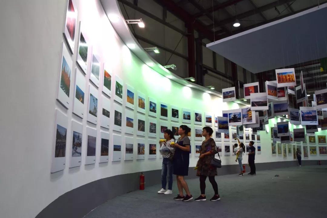翰墨飘香入岭魂——公主岭市民点赞玉米摄影书画展