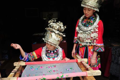 贵州非物质文化遗产——苗绣