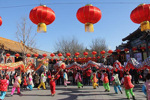 杨柳青古镇展民俗,游客穿越时空品文化