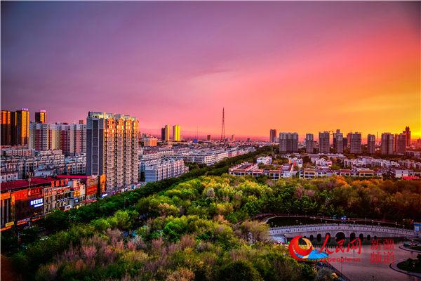 """新疆:石河子雕琢""""公园城市""""新名片"""
