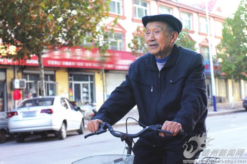 """孟庆胜:污染源普查的""""掌舵者"""""""