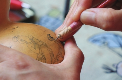 兰州刻葫芦:刀针间的微雕技艺