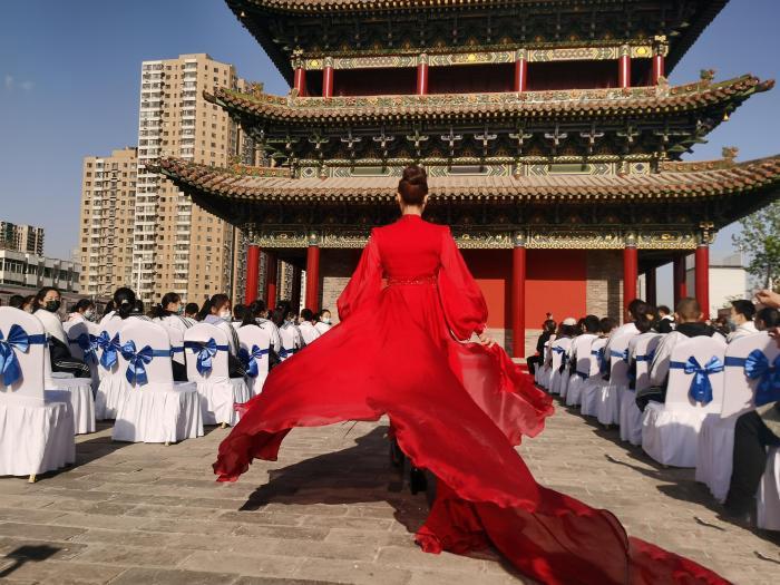 """600年古城墙秀出""""文艺范"""":雅集让传统文化""""活起来"""""""
