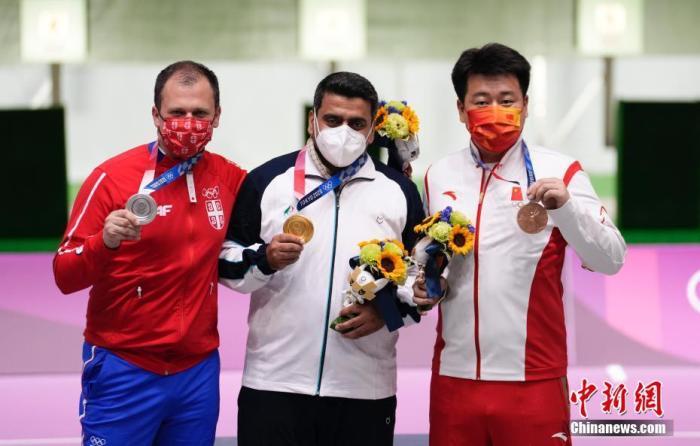 """疫情下东京奥运""""静悄悄"""":颁奖自助,运动员怀念欢呼声"""