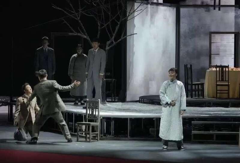 每个人都能从中找到自己的影子,《活动变人形》广州首演