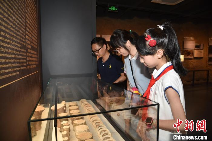 探访宋元德化窑展示馆:千年古窑生生不息