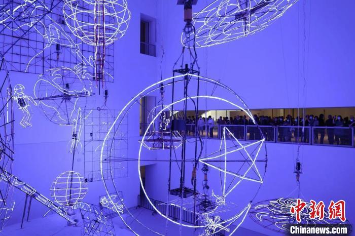 陆家嘴金融城内添世界级美术馆 浦东美术馆正式开馆