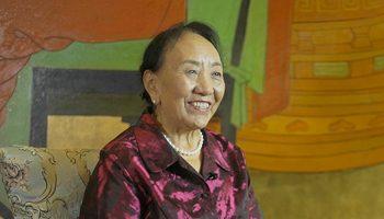 著名歌唱家才旦卓玛:扎根西藏五十年 一生爱唱这支歌