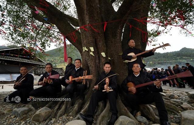 贵州榕江:侗寨举办牛腿琴歌节 传承民族文化